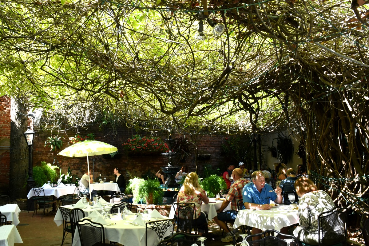 Charming Restaurants in New Orleans