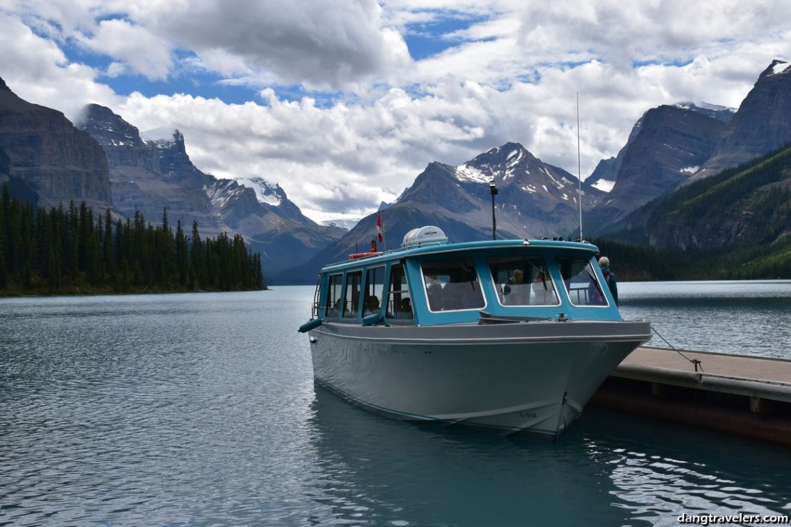 Maligne Lake Boat Tour (5) (Copy)