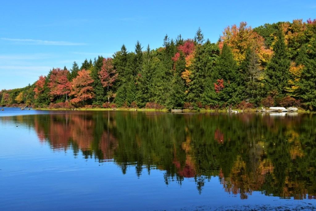 fall-foliage-pocono-mountains-30