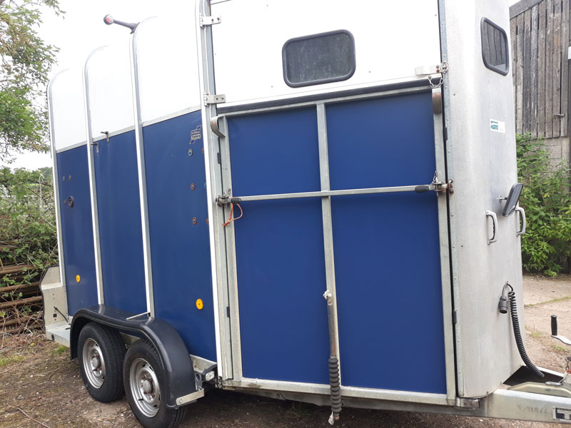 Horse Box Trailer NEW FRONT RAMP