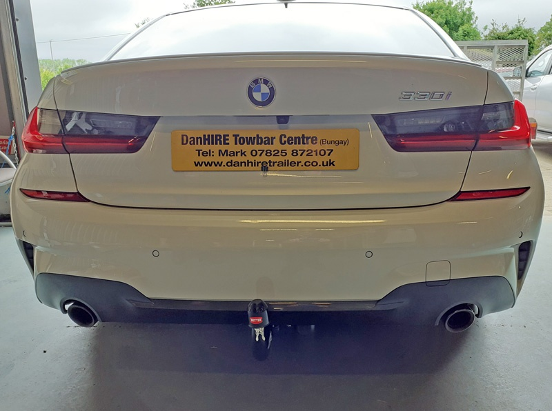 WITTER DETACHABLE TOWBAR fitted to BMW 3 SERIES