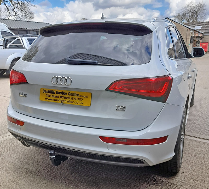 Audi Q5 fitted with Fixed Swan Neck Towbar