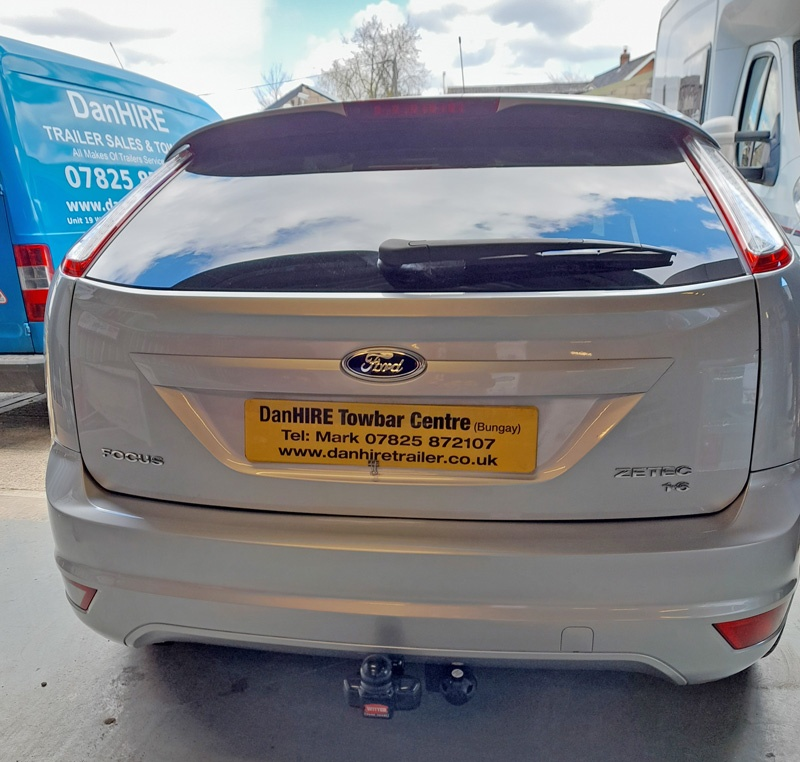 Ford Focus now fitted with Witter Fixed Flange Towbar