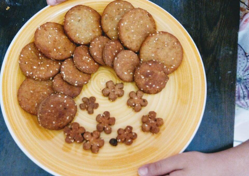 Meethi Tikiya Recipe