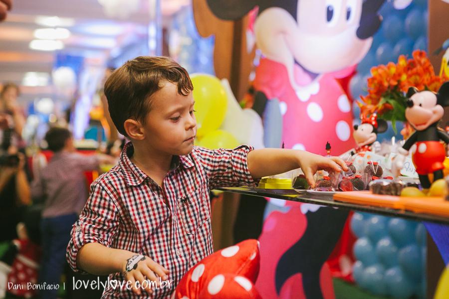 lovelylove-danibonifacio-aniversário-foto-fotografia-fotografo-estudio-primeiroano-infantil-criança-festa-mickey-tema-balneariocamboriu-45