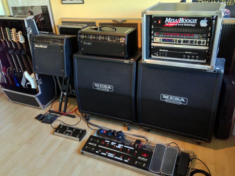 Equipment  Daniel Fries