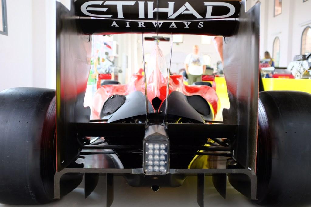 F2009