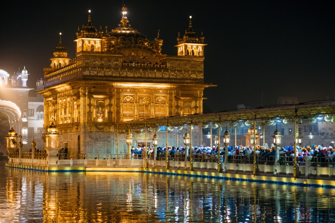 Amritsar_GoldenTempleNight2