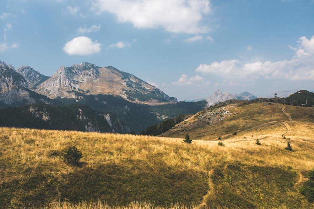 Montenegro_HikingLookout