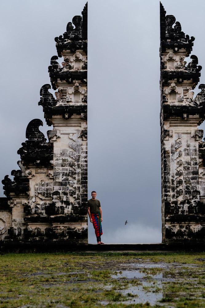 Bali_LempuyangDHBigTempleFrame