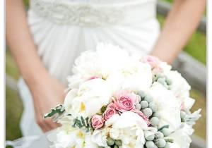 bouquet-peonie-bianche