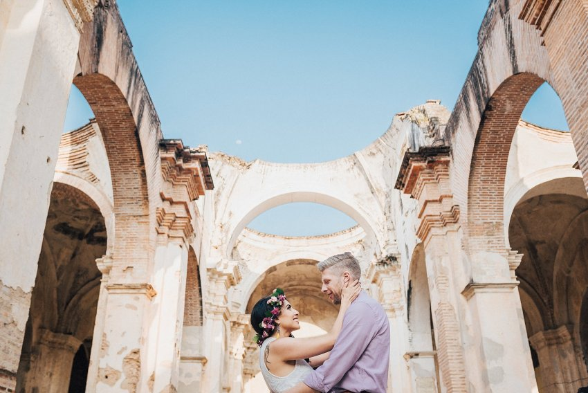 alex-yazmin-wedding-photographer-antigua-guatemala-023