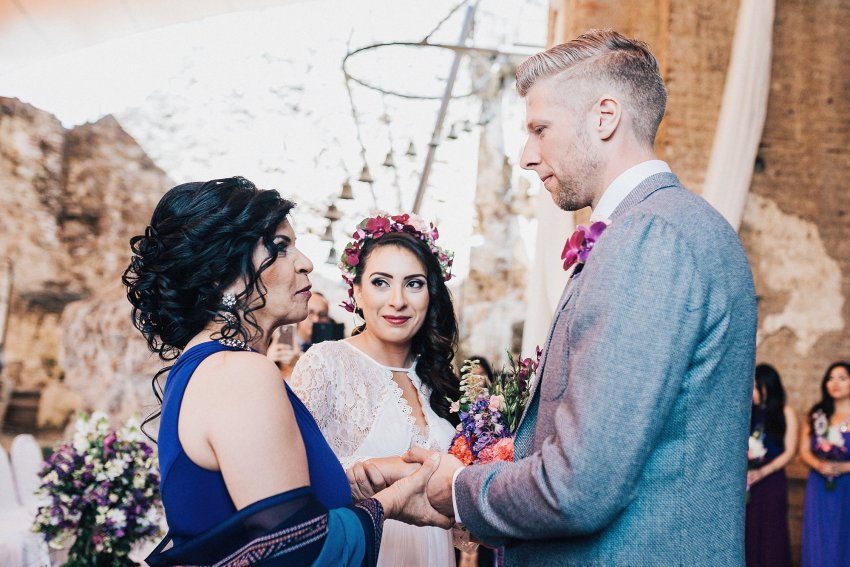 alex-yazmin-wedding-photographer-antigua-guatemala-069