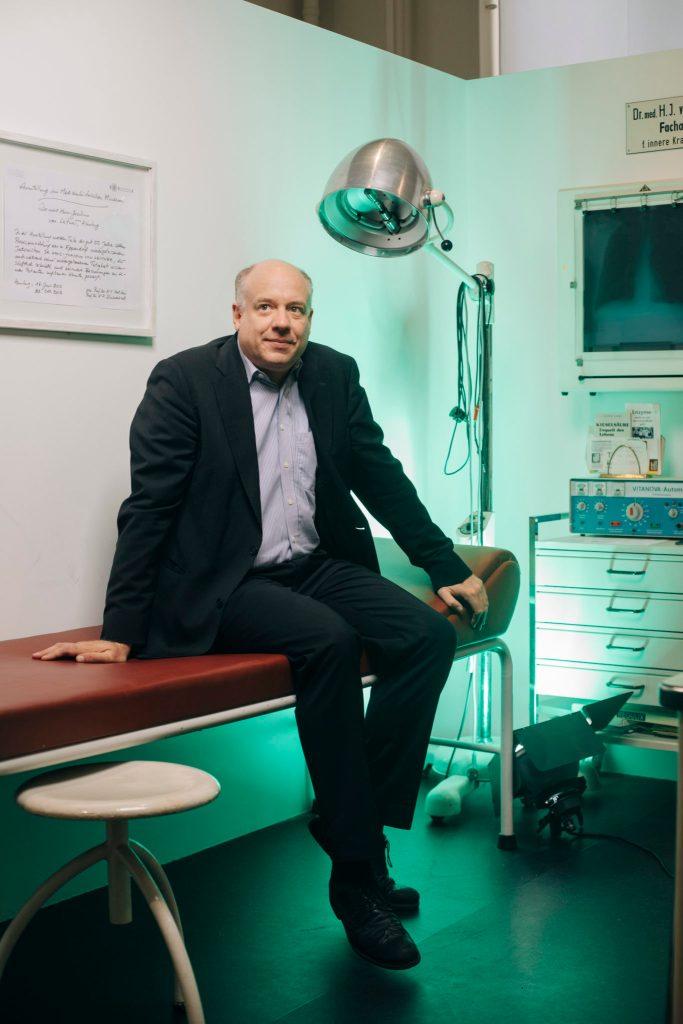 Prof Philipp Osten, Museum für Ethik und Geschichte der Medizin (out of office.) In Zusammenarbeit mit RAFAEL HEYGSTER