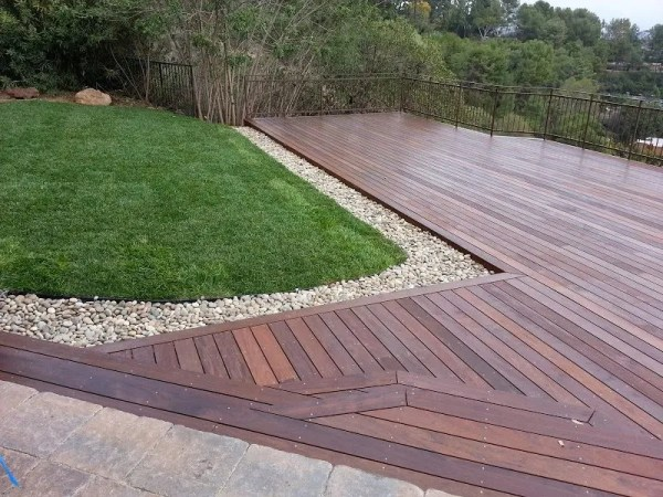 hillside deck hardscape & landscape
