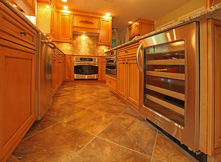 daniels kitchen and bath