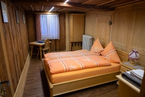 Old-Style Bed Room in Niederwald