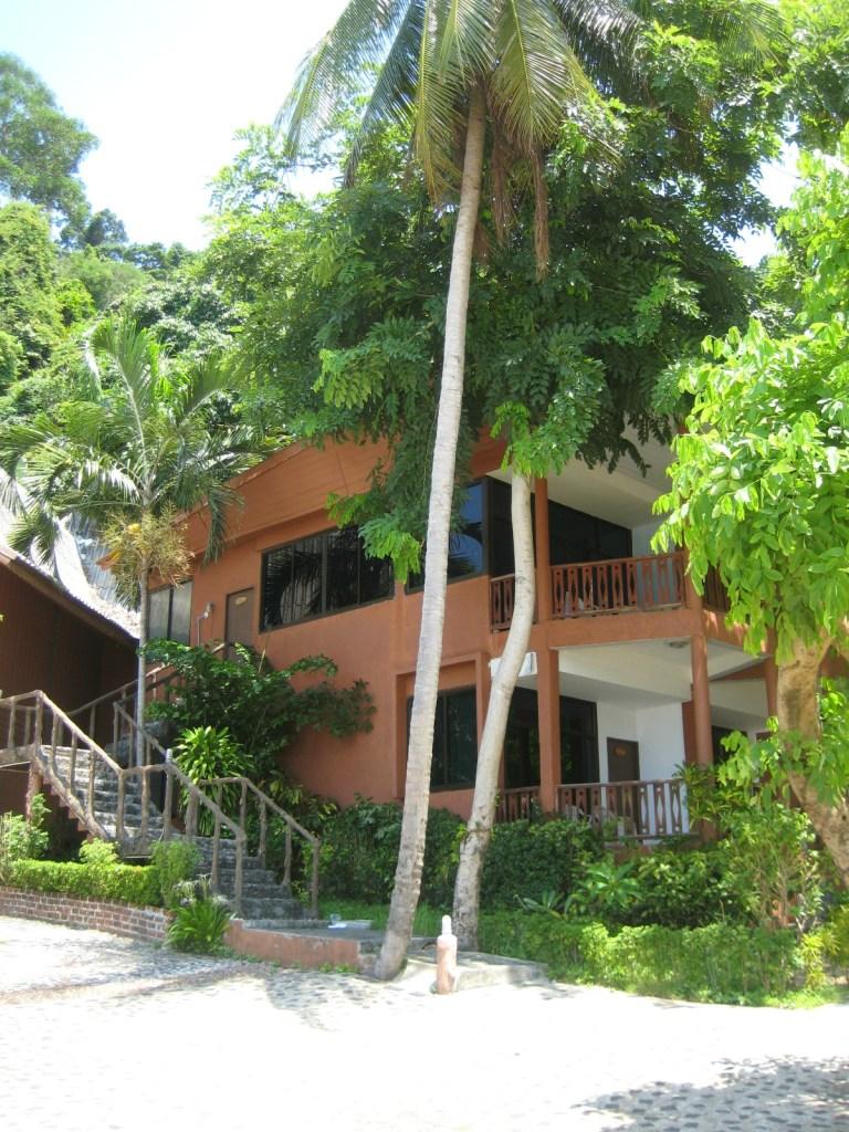 Koh Ngai Resort Deluxe Family Room