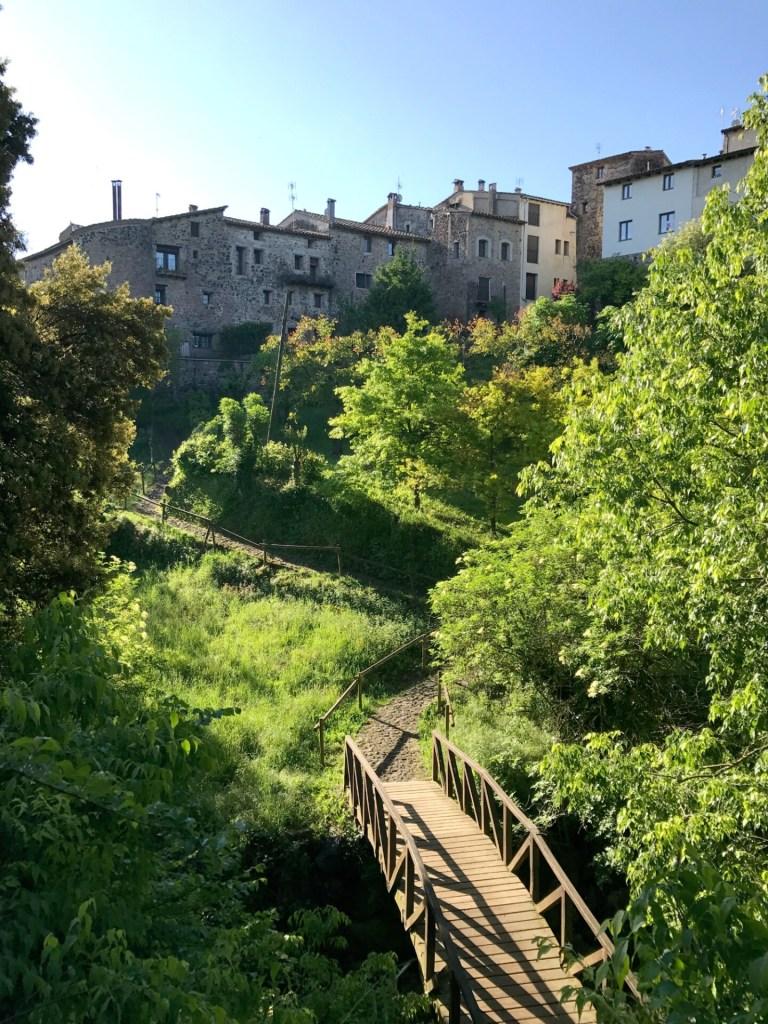Hotel Cal Sastre set fra dalen