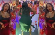 Lady 'crashes' wedding with her seductive dance moves (Watch)