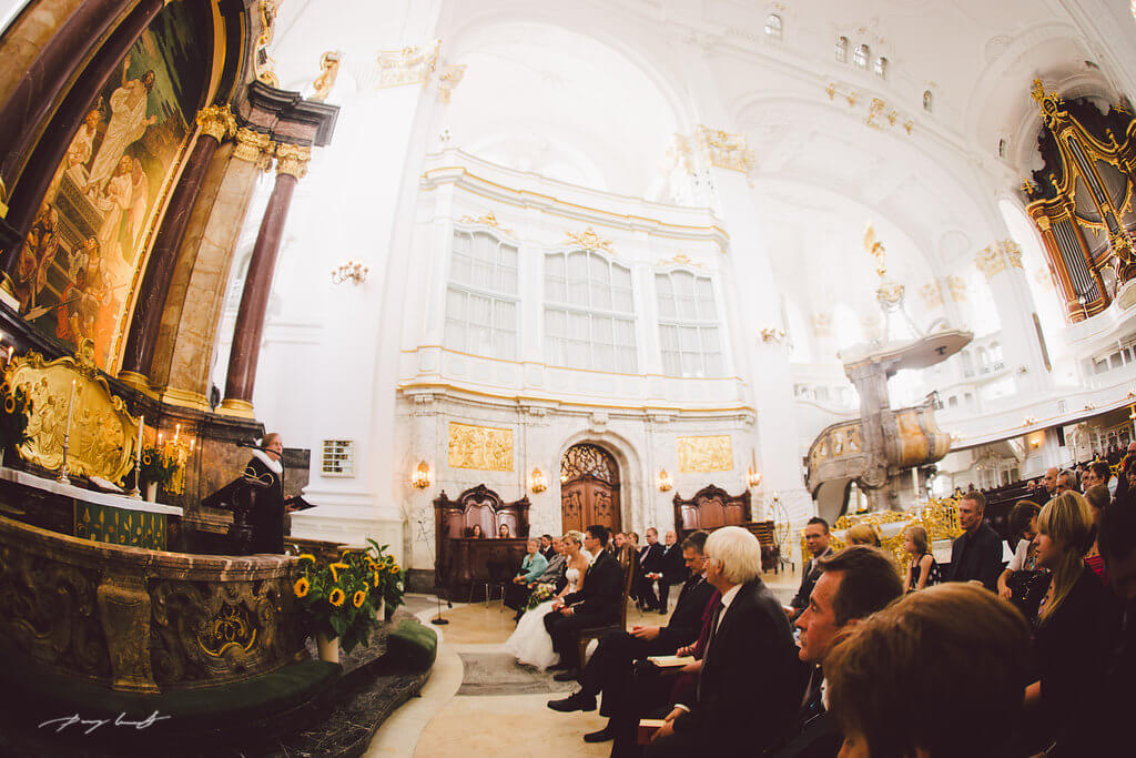Hochzeit im Michel Hamburg  Hochzeitsfotos in der