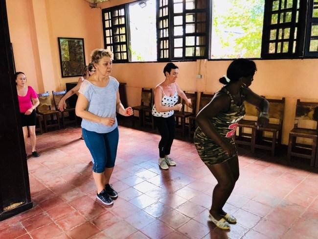 Danseuses stagiaires lors d'un séjour