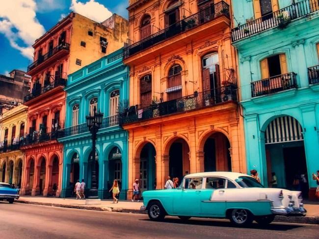 dansacuba rue de La Havane