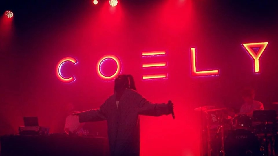 Coely @ Het Depot: That girl can celebrate…