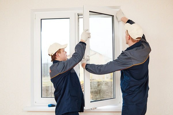 Importance of Using a Professional when Replacing Glass