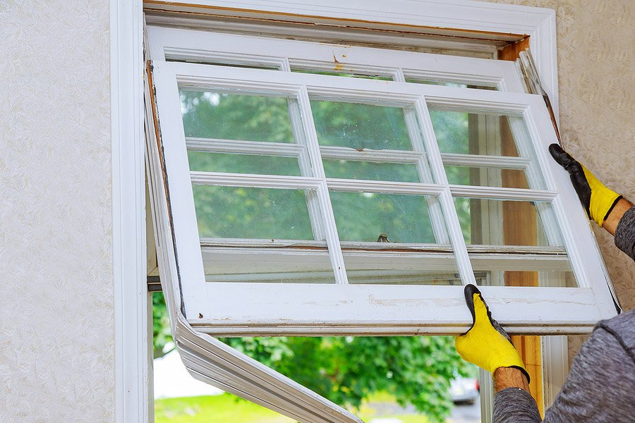 What You Need to Know About Fixing Residential Glass