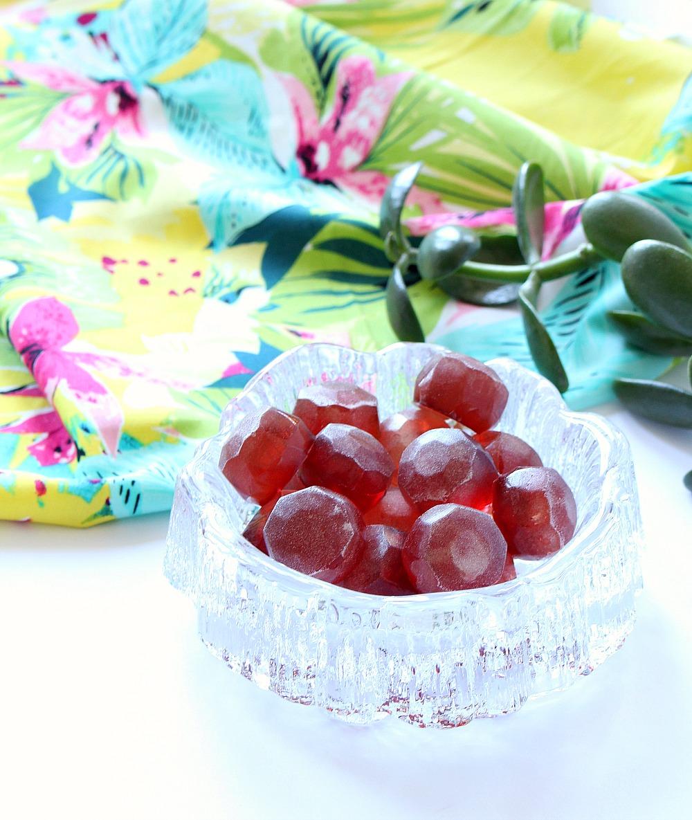 DIY fruit flavored gummies