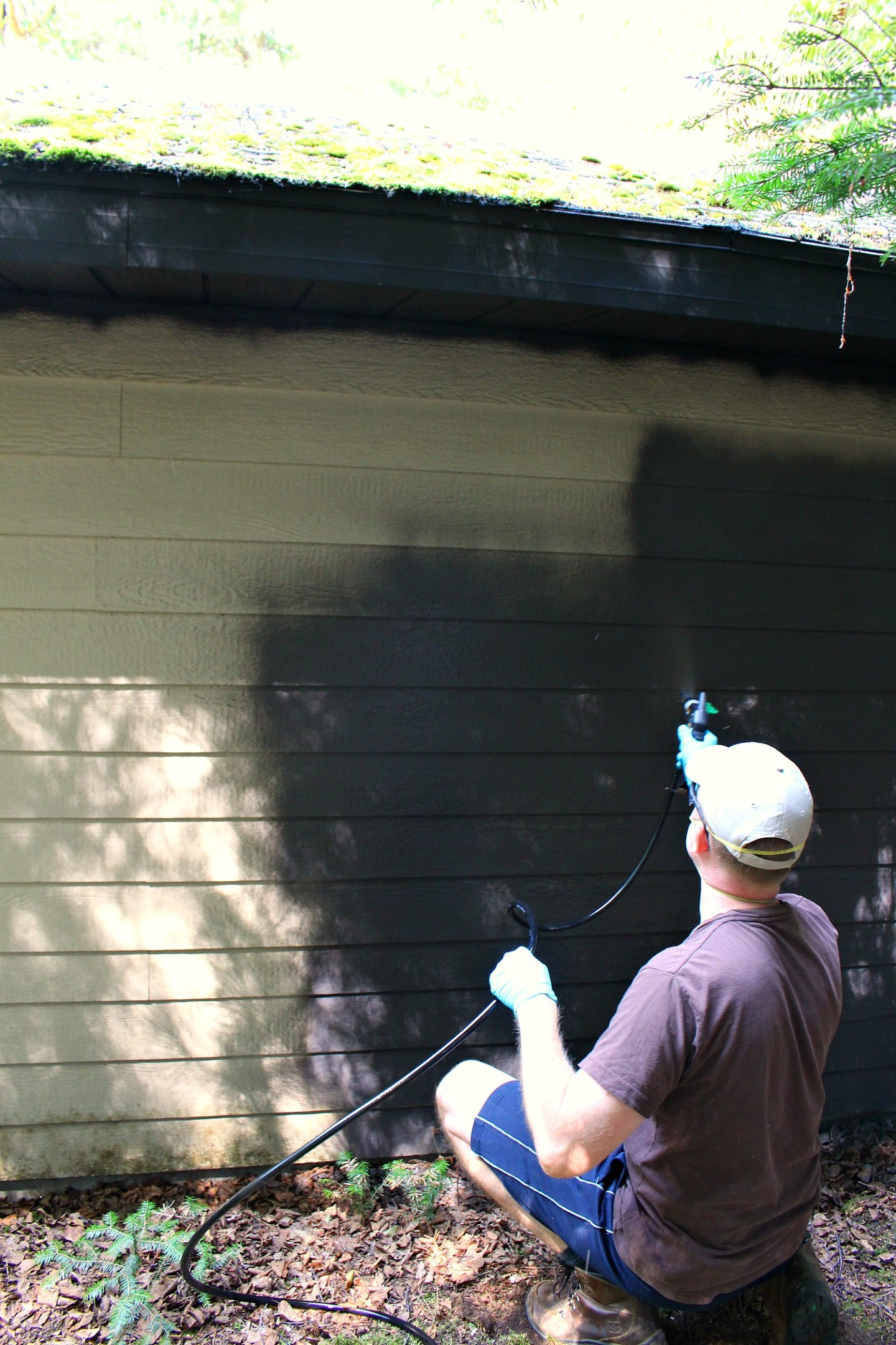Painting Siding with a Paint Sprayer
