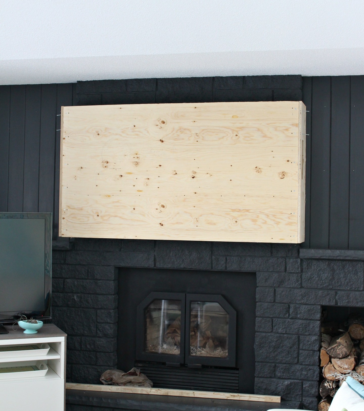 How to Build a Fireplace Bump Out to Hang a TV | How to Hang a TV over Fireplace When Mantle is Too High | Fireplace Hack by Dans le Lakehouse