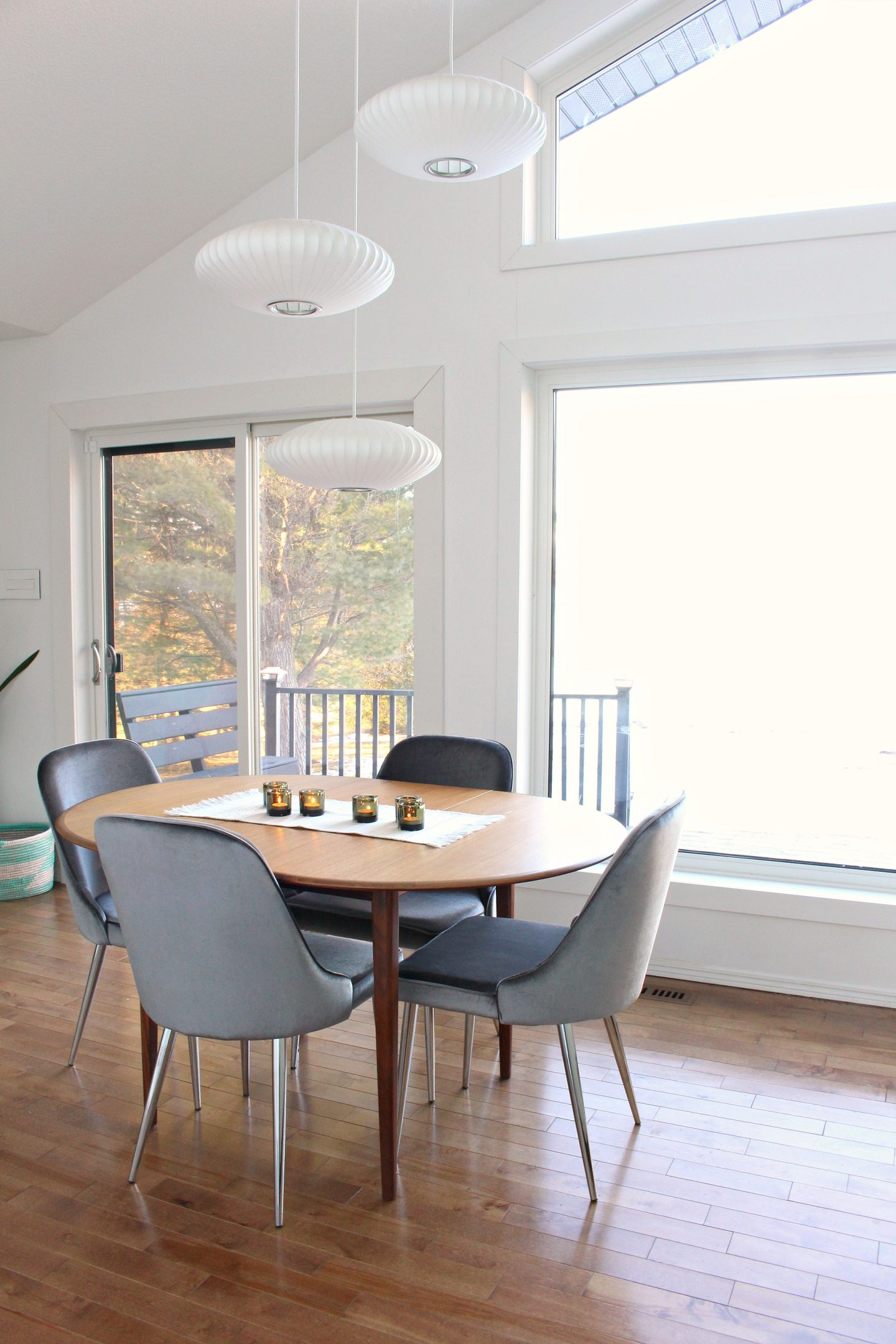 New Grey Velvet Dining Chairs 10 Affordable Mid Century Modern Inspired Dining Chairs Dans Le Lakehouse