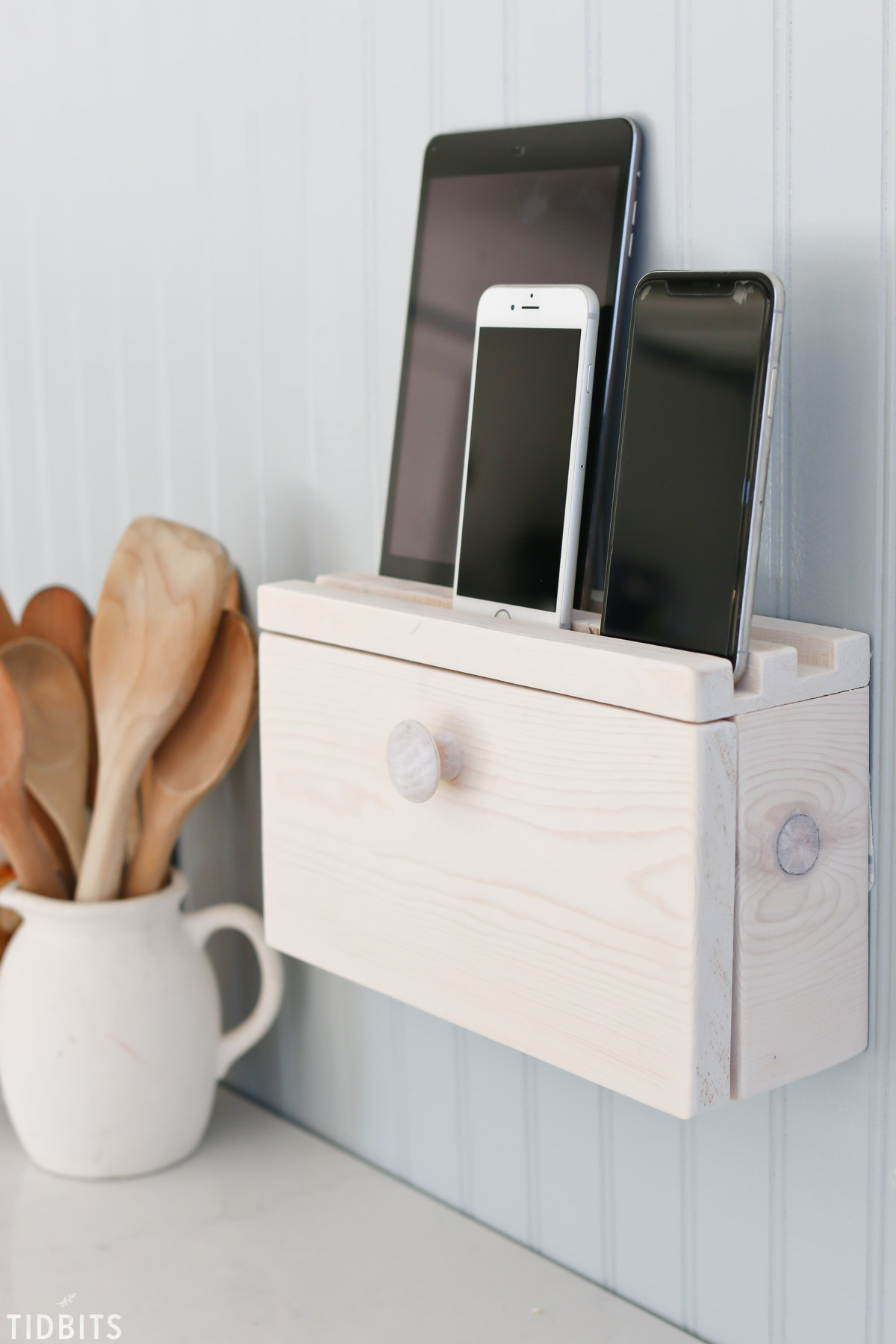 DIY Phone Charger Stand with Hidden Cables   15 Stylish DIY Projects for Organizing Your Home #organizing #diy #diyhome #clutterbustingtips