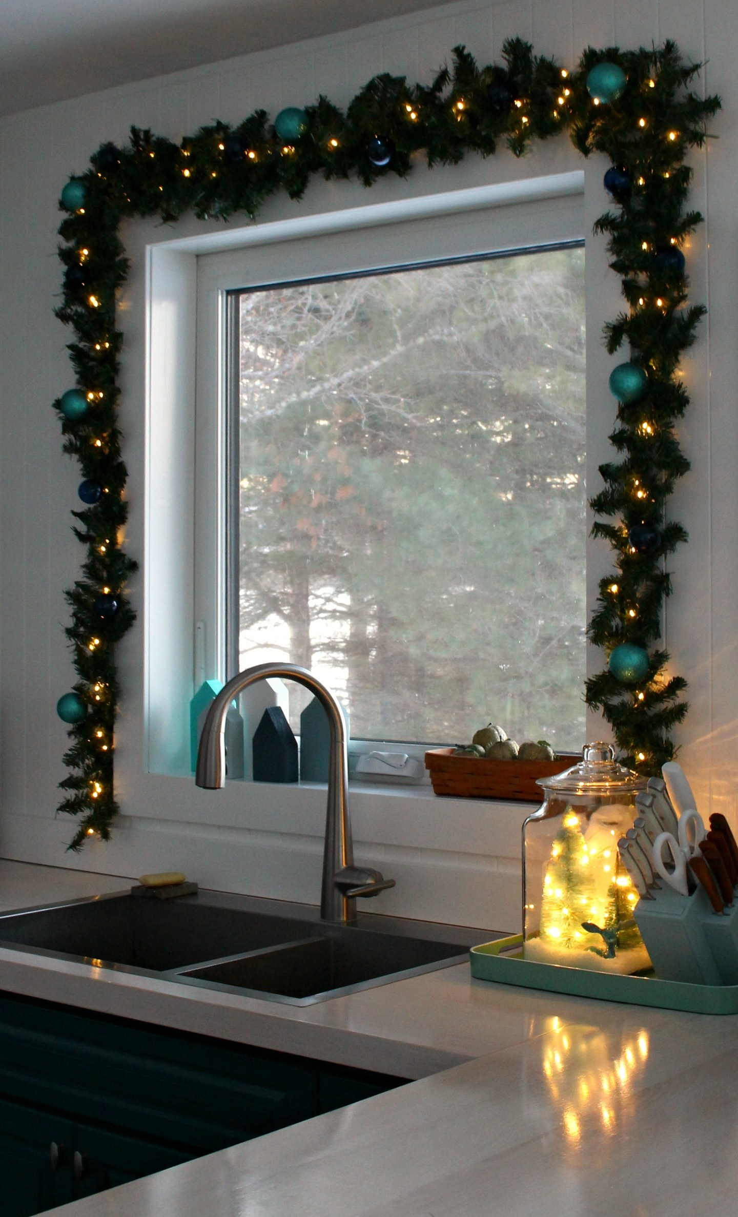 Upcycled Holiday Decor Idea