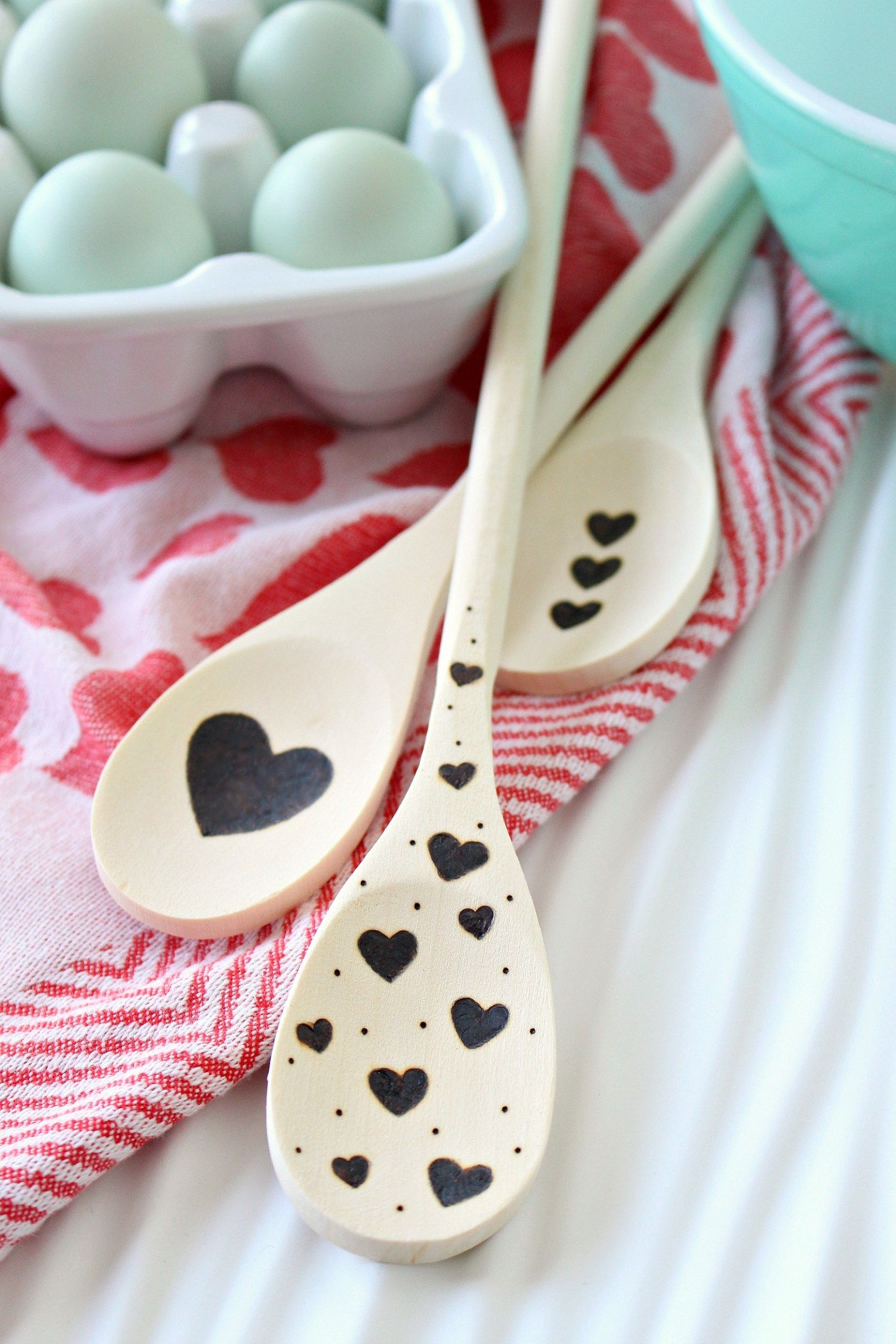 DIY Wood Burned Wooden Spoon | Easy DIY Valentine's Day Gift Idea