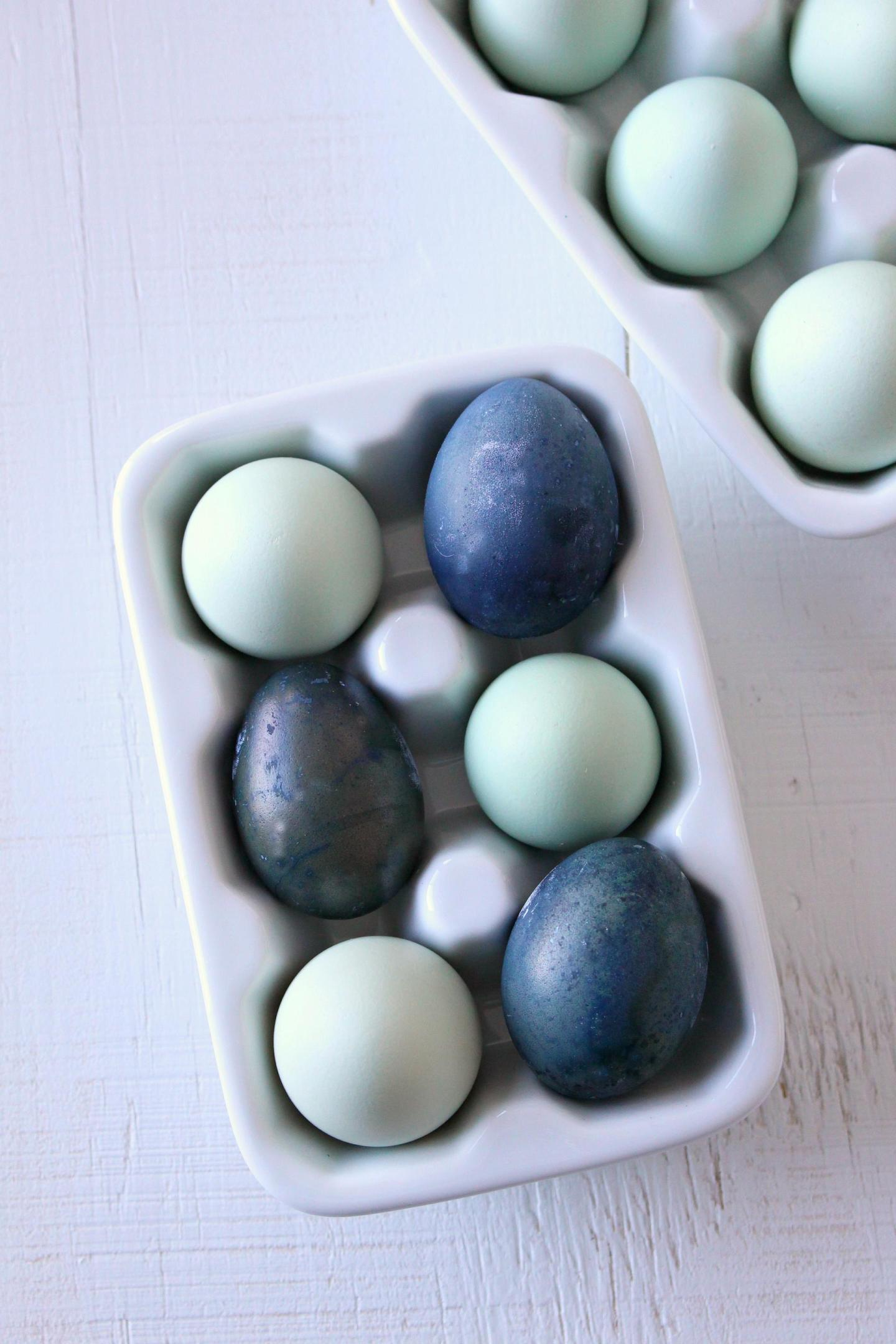 Dye Easter Eggs with Blueberries | Naturally Dyed Easter Eggs