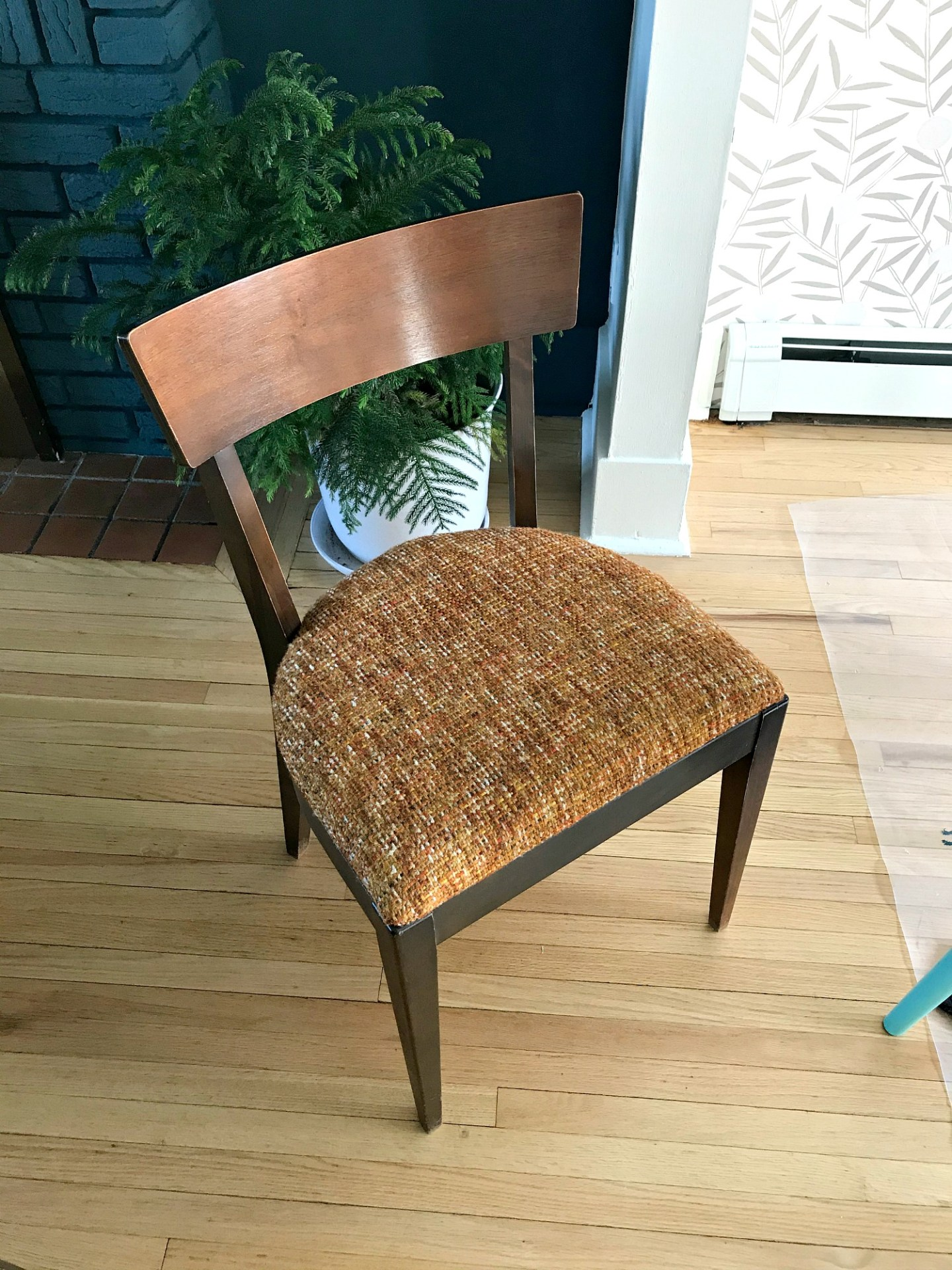 Mid-century chair makeover - before