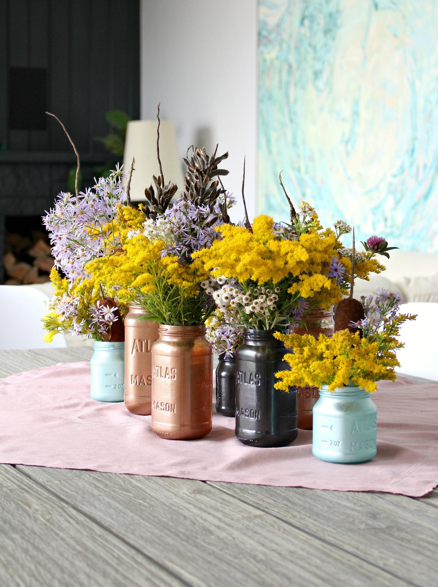 Easy Fall Decor Idea: Painted Mason Jars