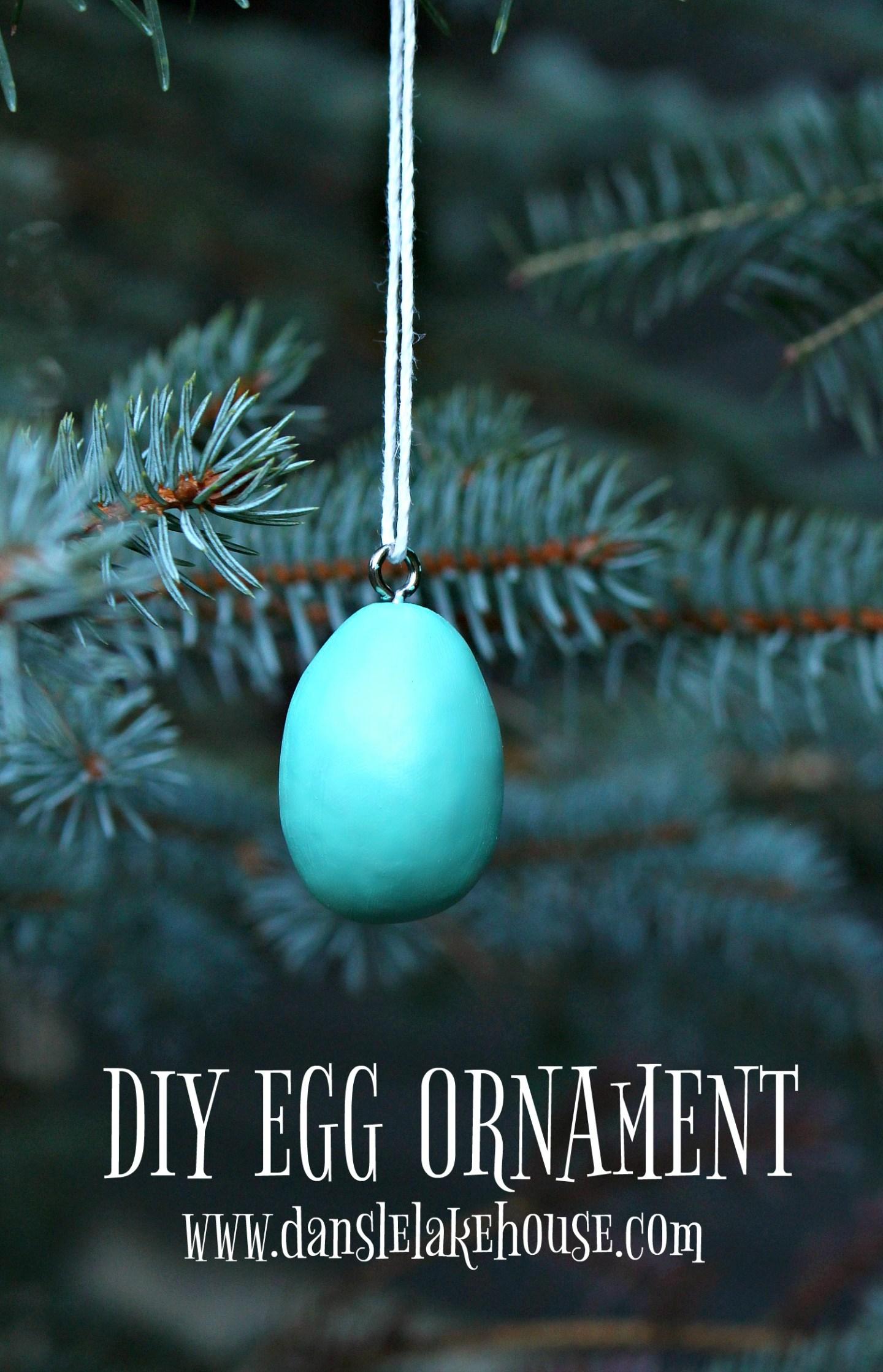 DIY Egg Christmas Tree Ornament