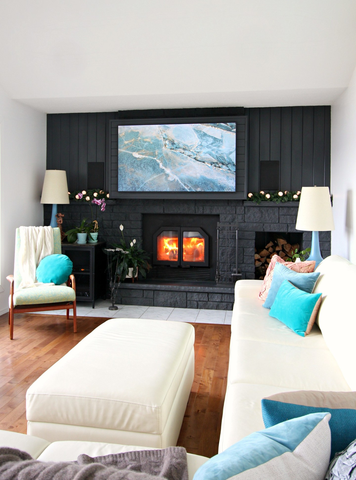 Wintry Living Room Decor