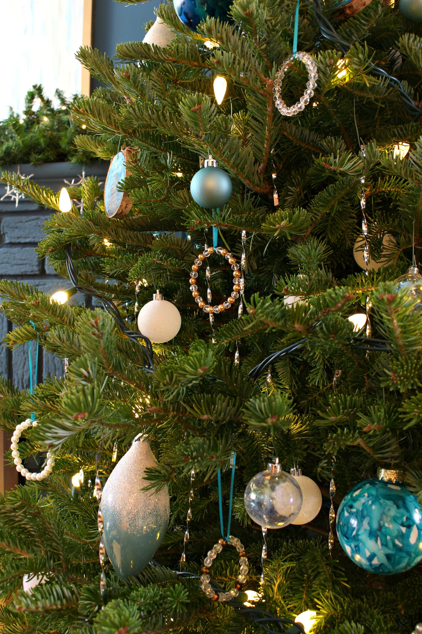 Upcycle Old Necklaces into Christmas Ornaments