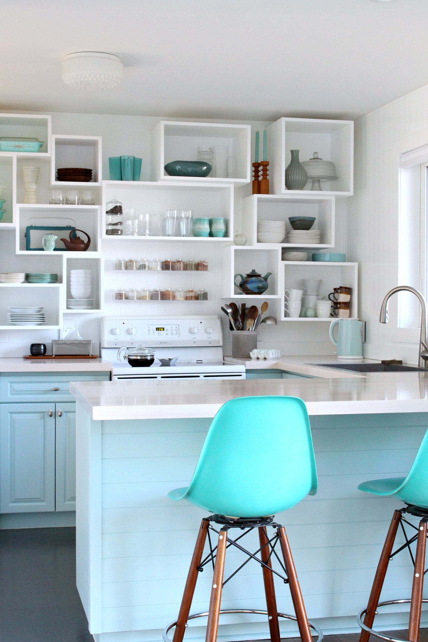 DIY Coastal Kitchen Makeover