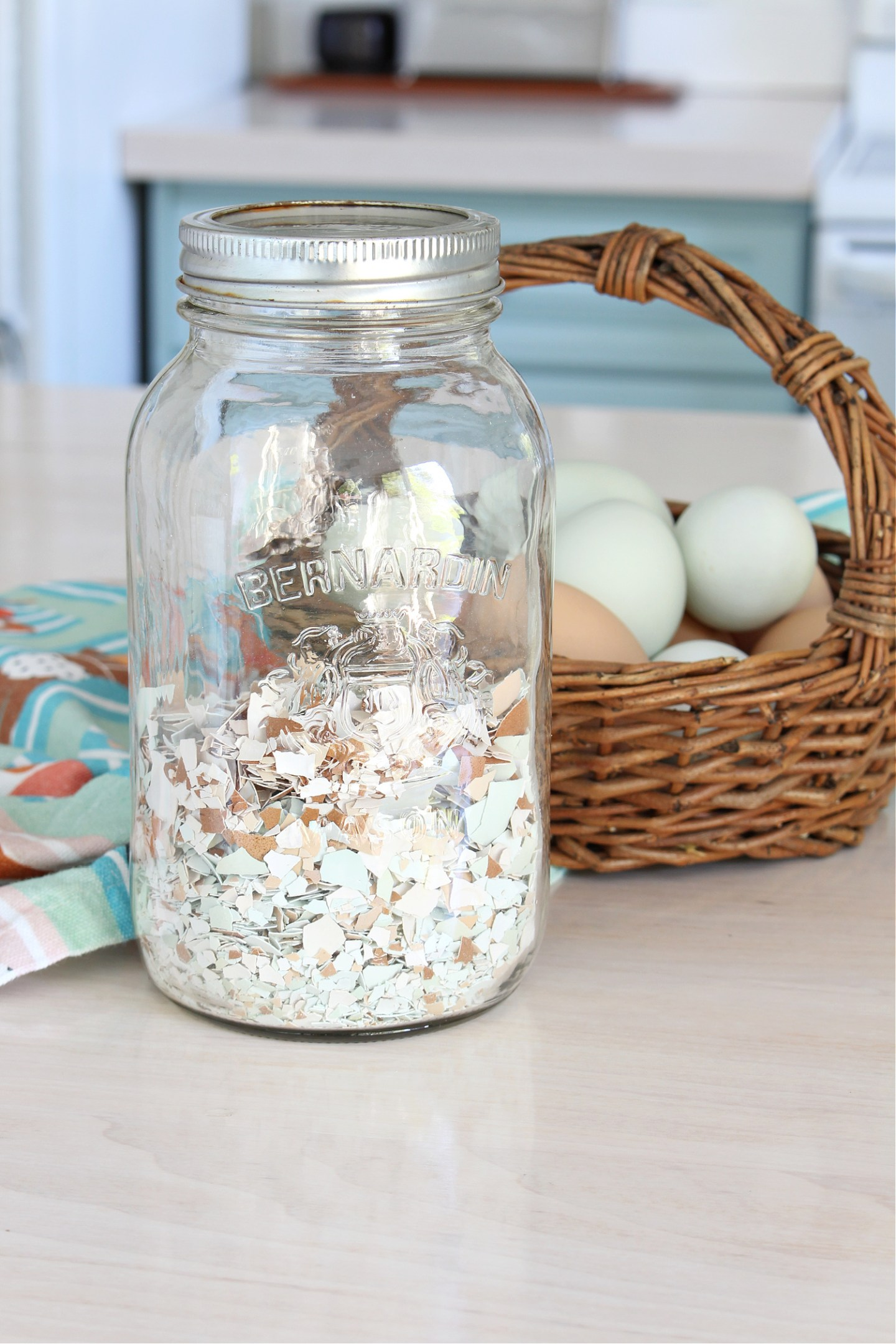 how to prepare egg shells to feed chickens