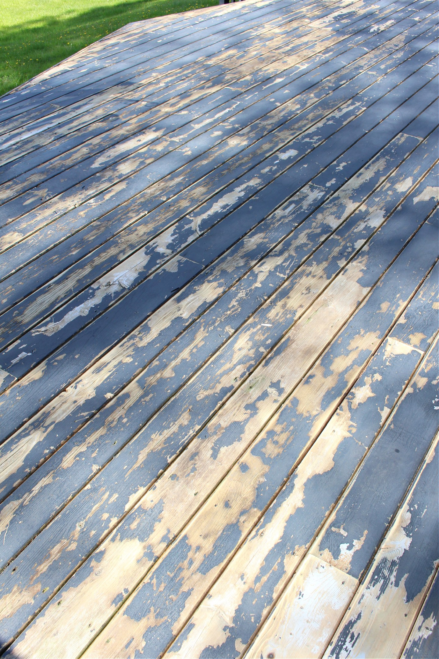 Why Deck Boards Need Gaps