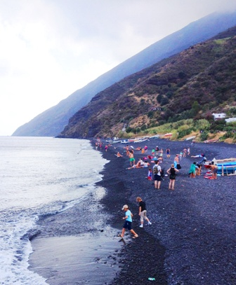 plage Stromboli - 336x407