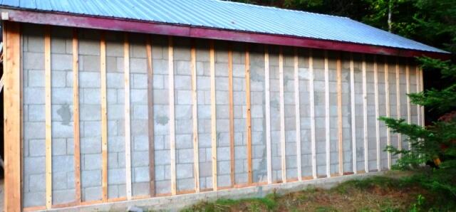 mur de beton avec forense tp