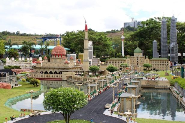 Putrajaya Cluster Miniland