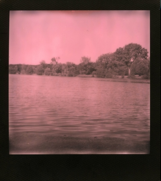 Impossible Project : Pink & Black